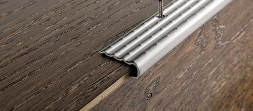 Prostyle 2610 in acciaio inox aisi 304 satinato for Profili per gradini in acciaio