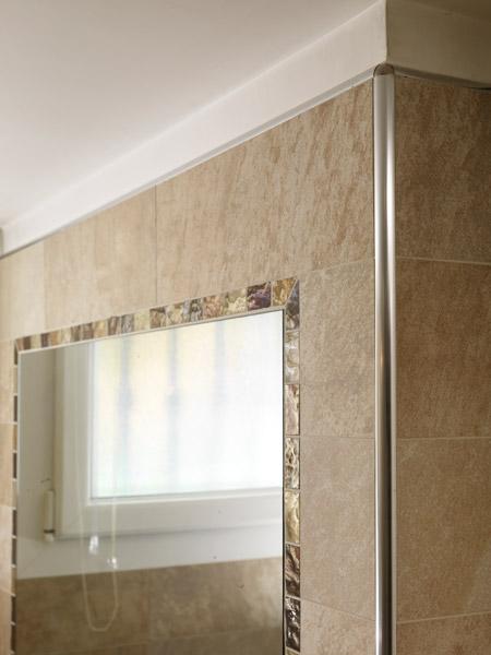 Projolly in resina vinilica rigida pvc marmorizzato 12 finiture profilo per rivestimenti - Angolari per piastrelle ...
