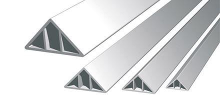 Dreieckiges schrägkantenprofil